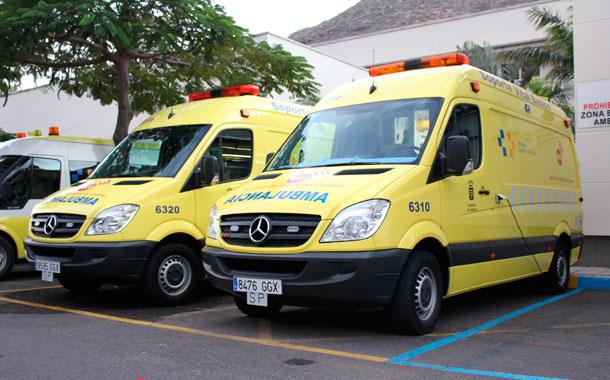 El transporte sanitario en canarias pasa a manos de un for Empresas de transporte en tenerife